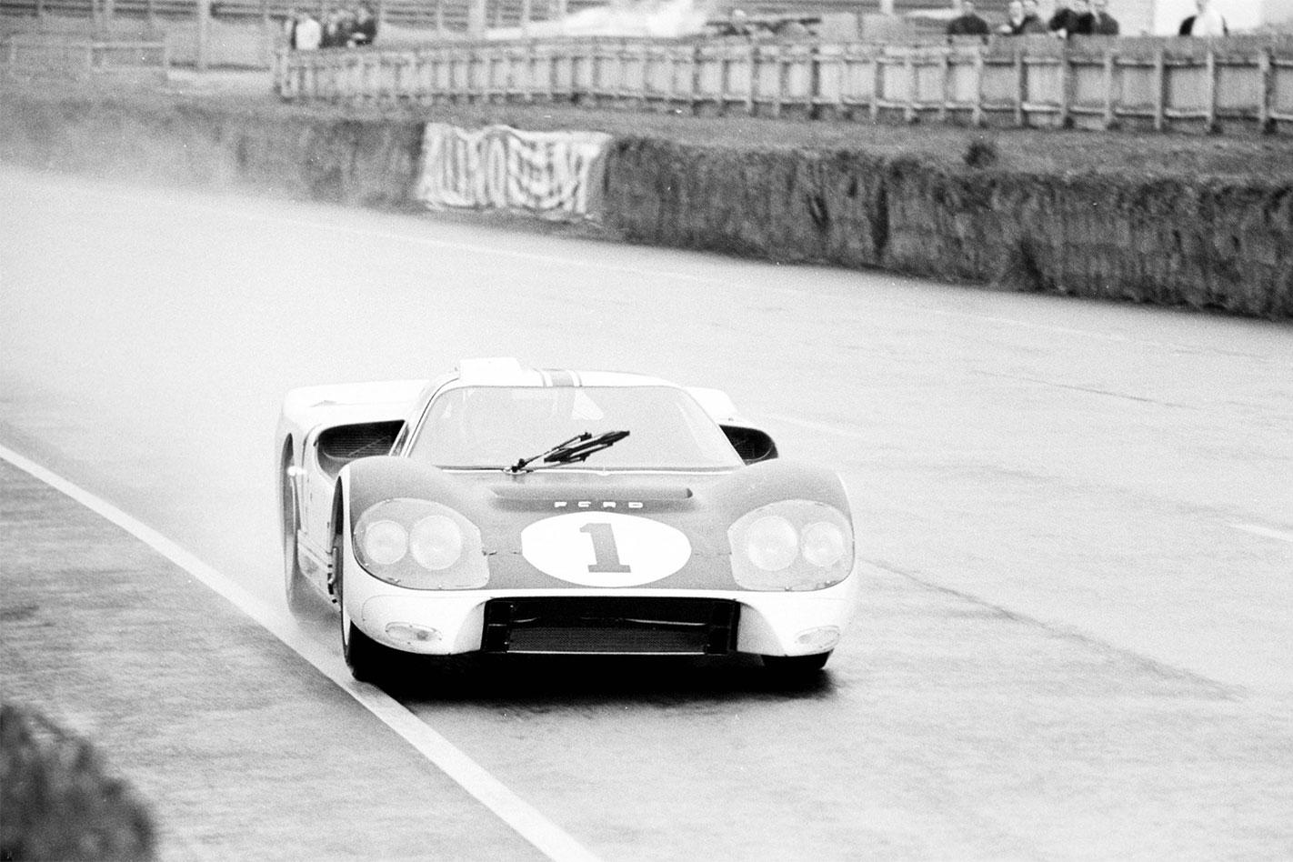 Ford -GT40-Mk -IV-Le -Mans