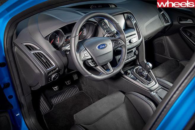 Ford -Focus -RS-interior