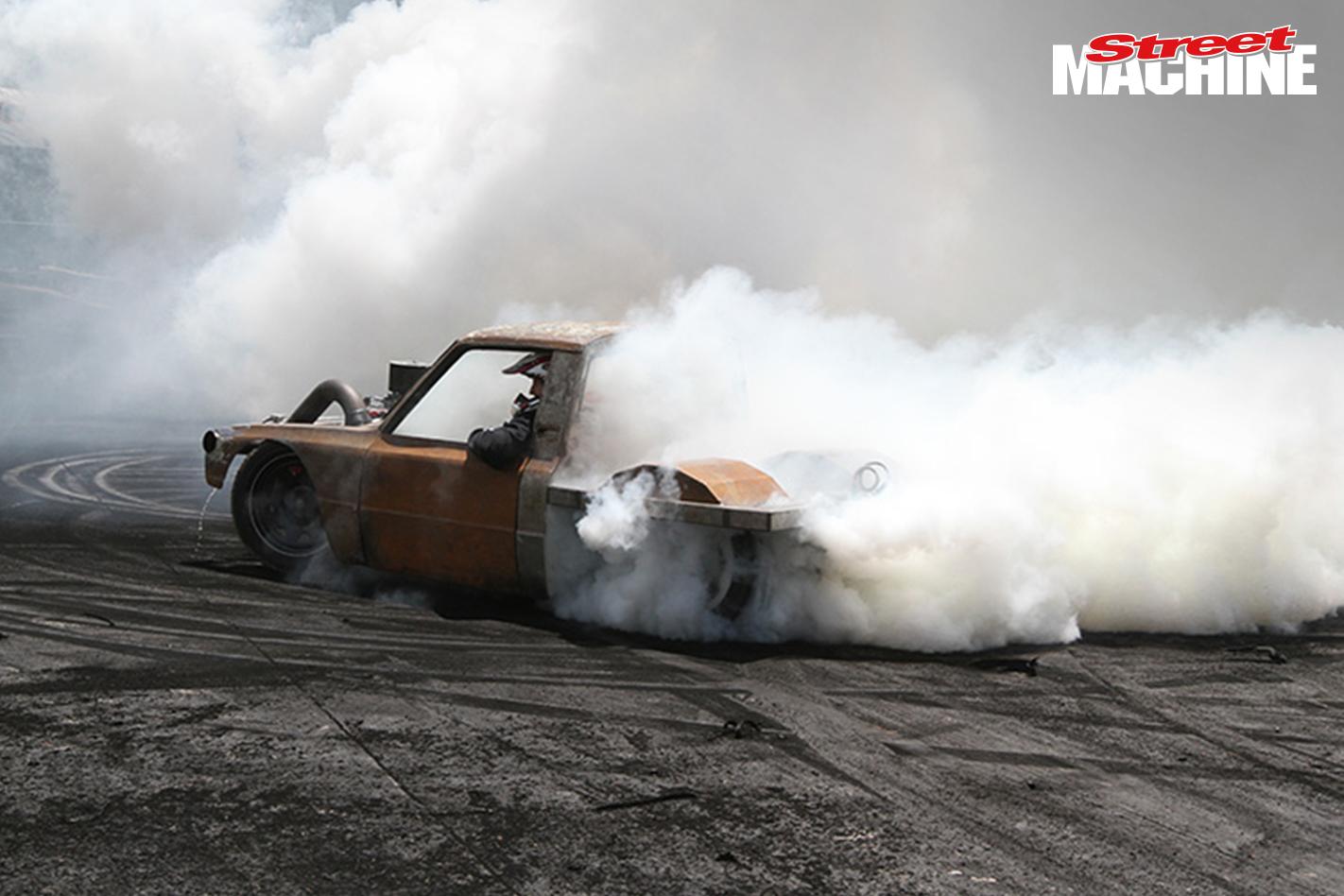 SUSLS1 Mazda Ute Burnout 7 Nw