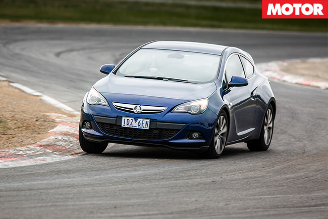Holden Astra GTC front