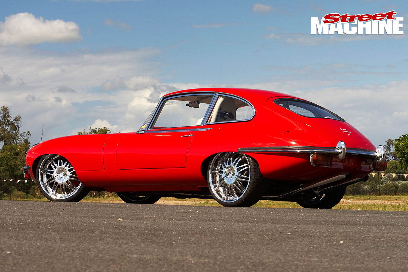 E-type -Jaguar -left -rear -quarter