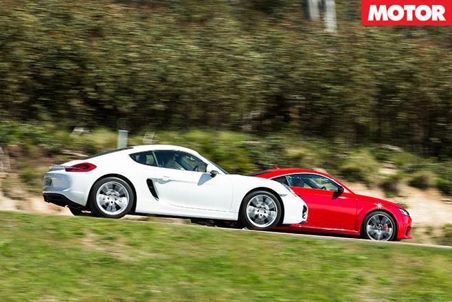 Porsche Cayman vs Audi TT S