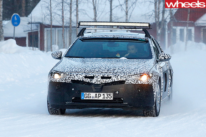 Opel -Insignia -front -driving