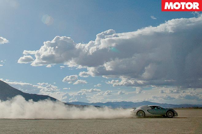 Veyron blasting along desert