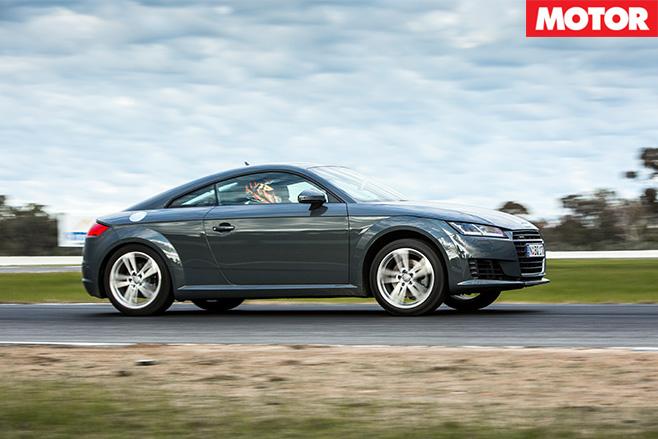Audi -TT-side