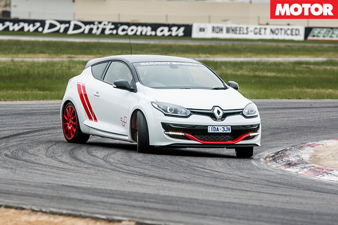 Renault Sport Trophy turn