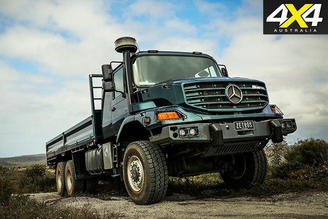Mercedes-Benz 6x6 Zetros driving