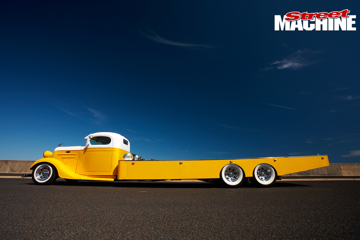 Chev -tow -truck -side
