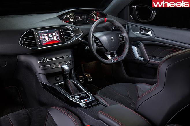 Peugeot -308-gti -interior