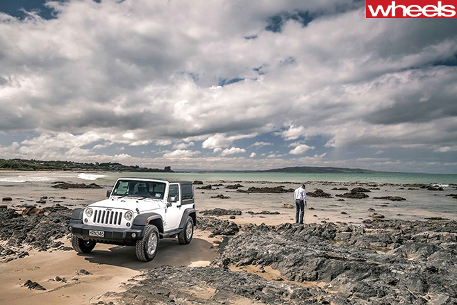 Jeep -Wrangler -white