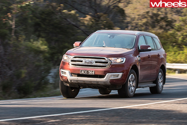 Ford -Everest -driving -front