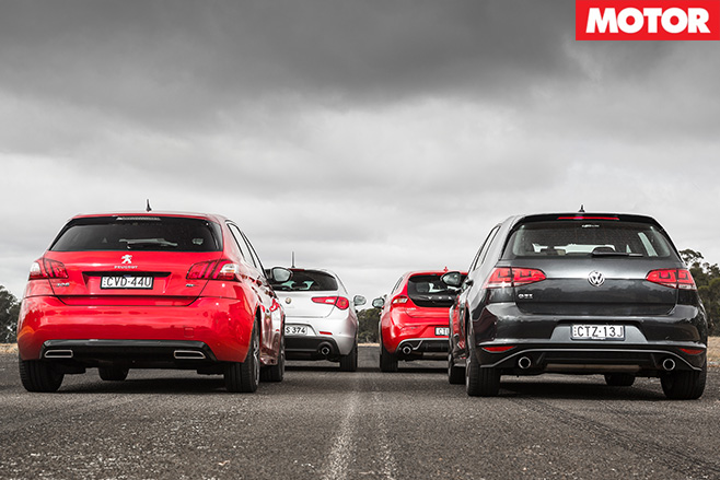 Golf GTI vs V40 T5 vs 308 GT vs Giulietta QV rear