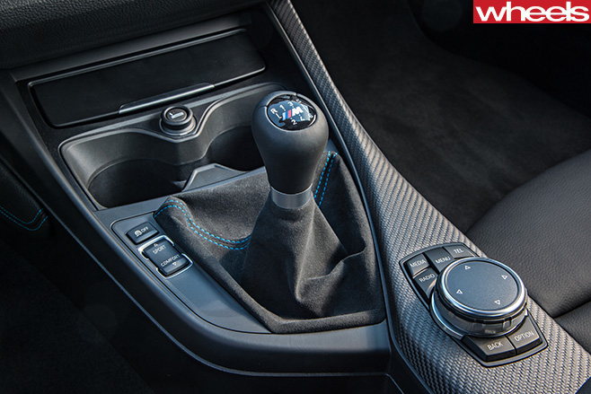 BMW-M2-gear -stick