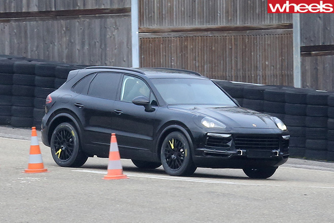 Porsche -side -front