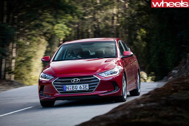 Hyundai -Elantra -front -drive