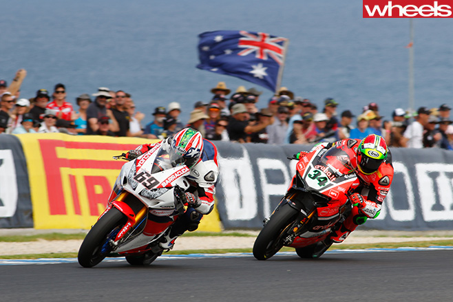 Superbikes -racing -australian -flag
