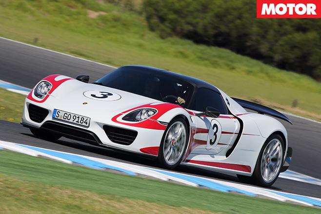 Porsche steering corners