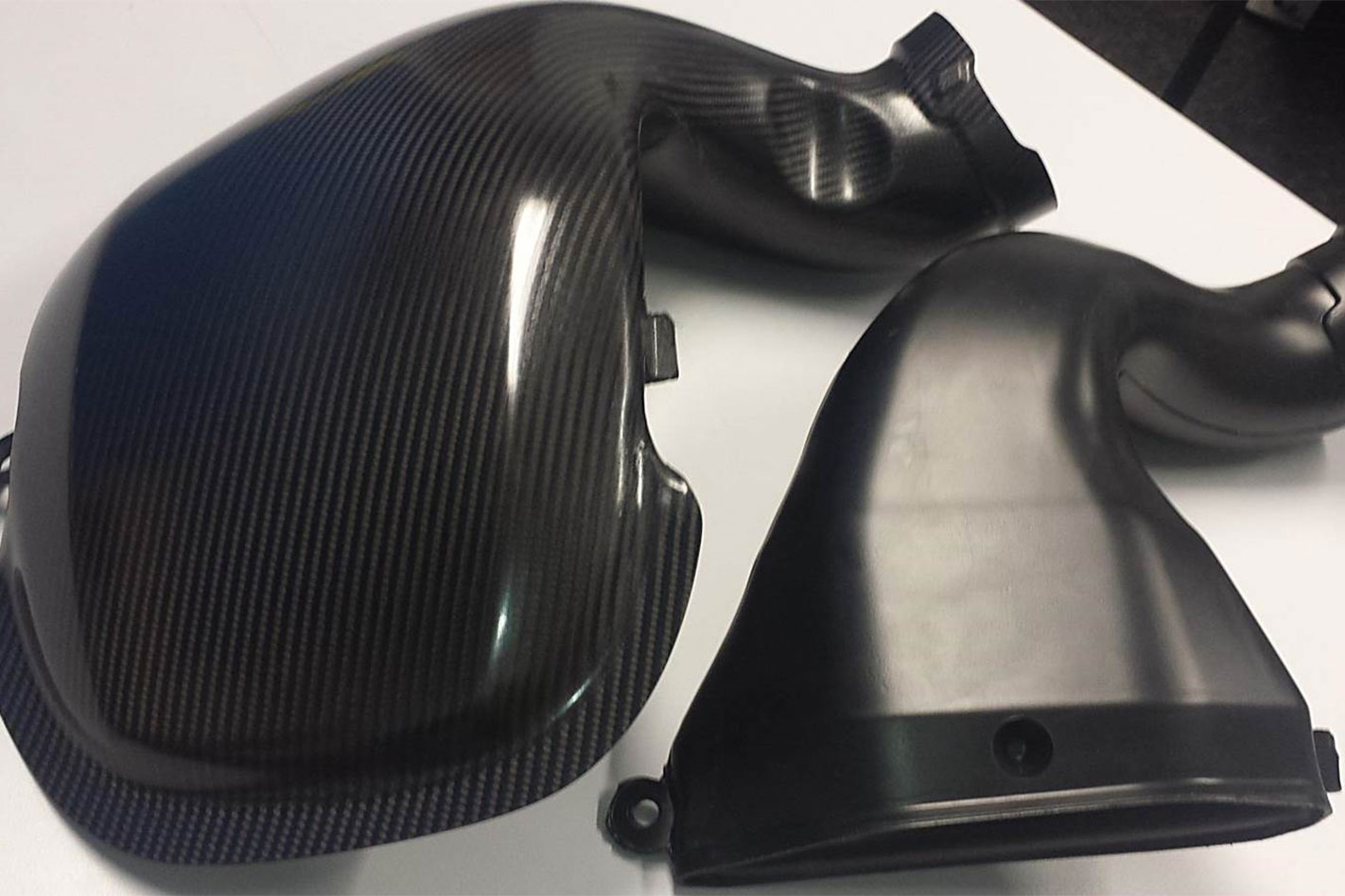 Ford -Falcon -XR6-Sprint -carbon -intake