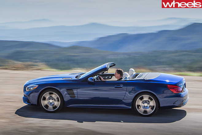 Mercedes -SL500-top -side