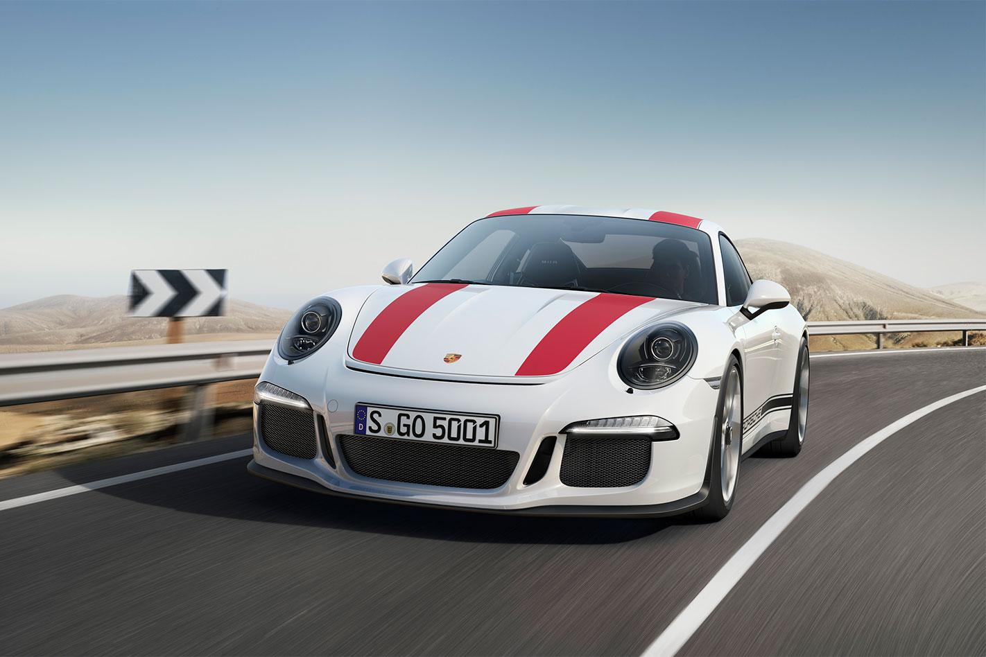 Porsche -911-R-action