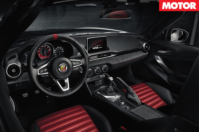 Fiat 124 Abarth Spider interior