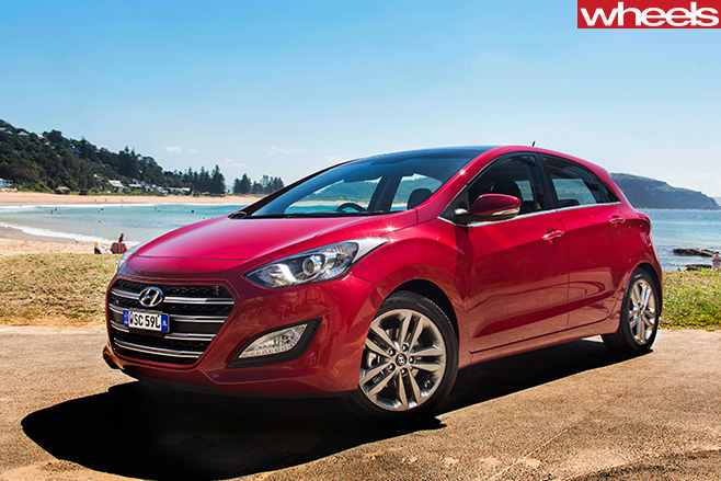 Hyundai -i 30-front -side