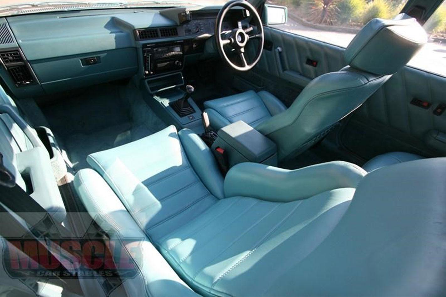 HDT-VL-Director -for -sale -interior