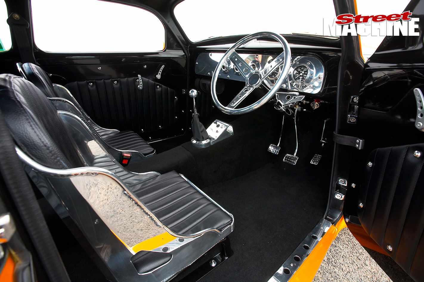 Holden -FJ_054-interior