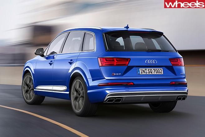 Audi -Q7-rear -side