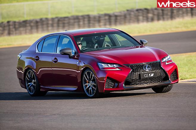 Lexus -GS-F-front -side -corner