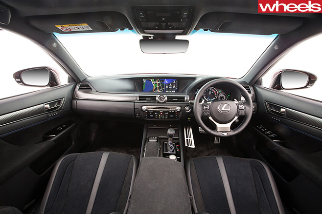 Lexus -GS-F-interior