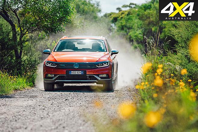 2016 Volkswagen Passat Alltrack driving front