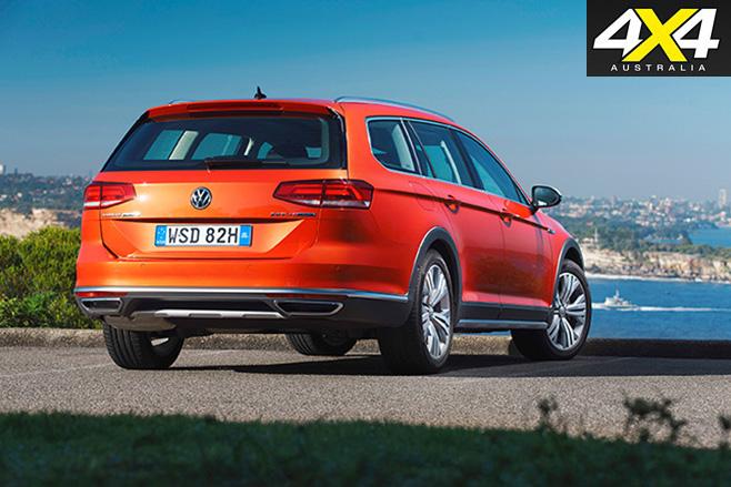 2016 Volkswagen Passat Alltrack rear