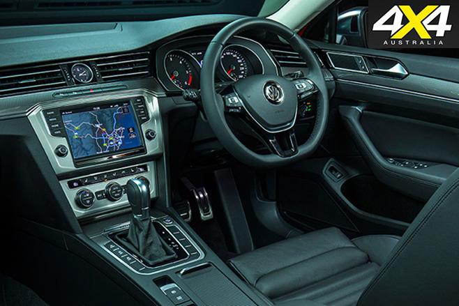 2016 Volkswagen Passat Alltrack interior