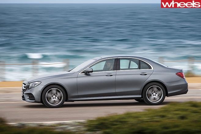Mercedes -E-Class -side -water
