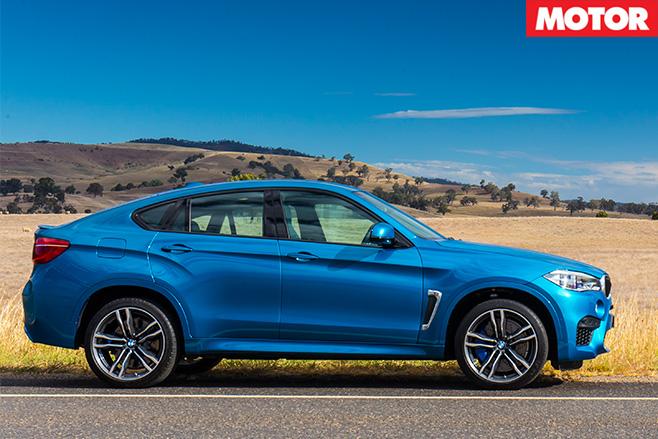 BMW X6M side