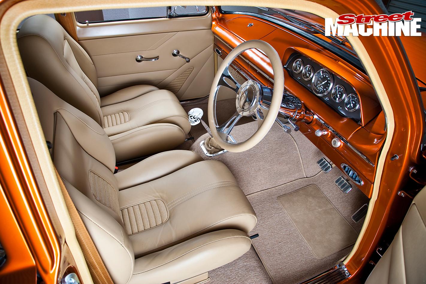 EJ-Holden -interior -front