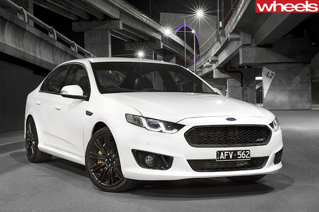 White -Ford -Falcon -XR6-sprint