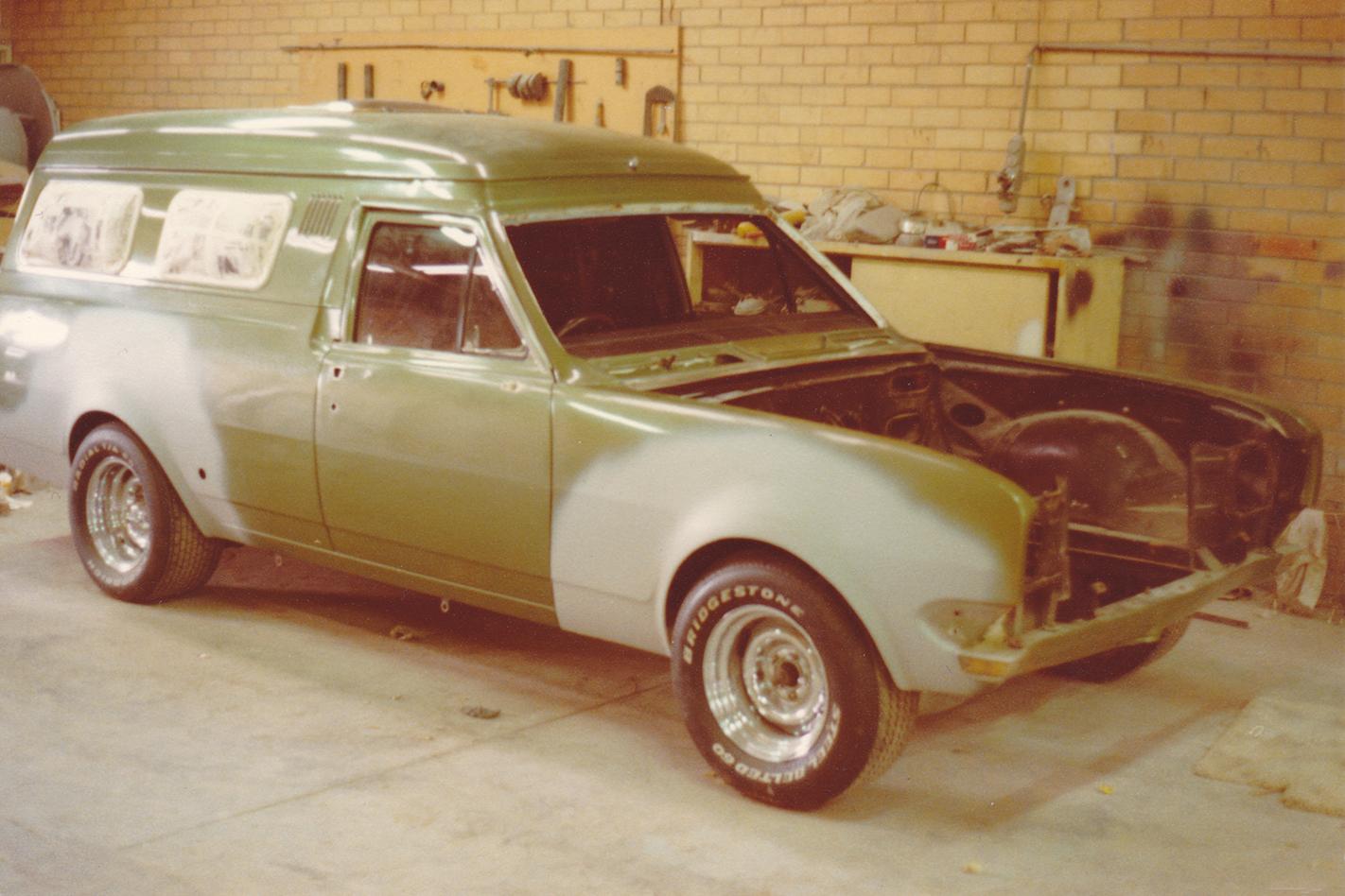Green -Knight -HG-Panelvan -flares