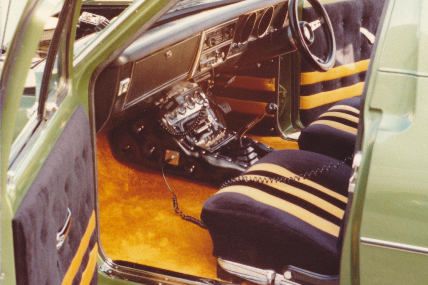 Green -Knight -HG-Panelvan -interior