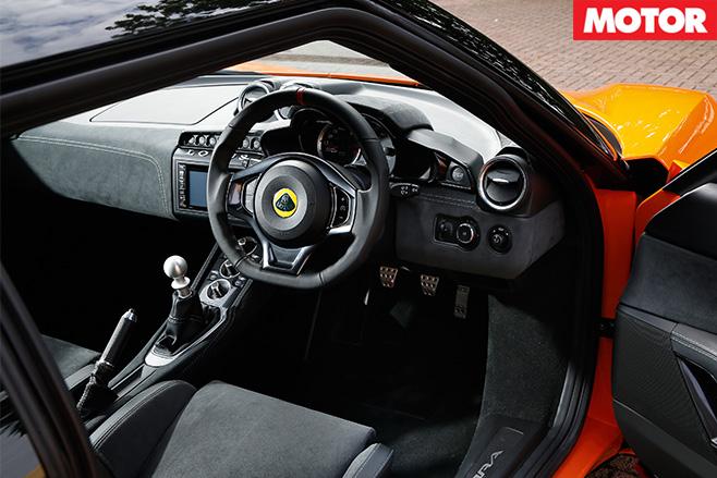 Lotus Evora 400 interior