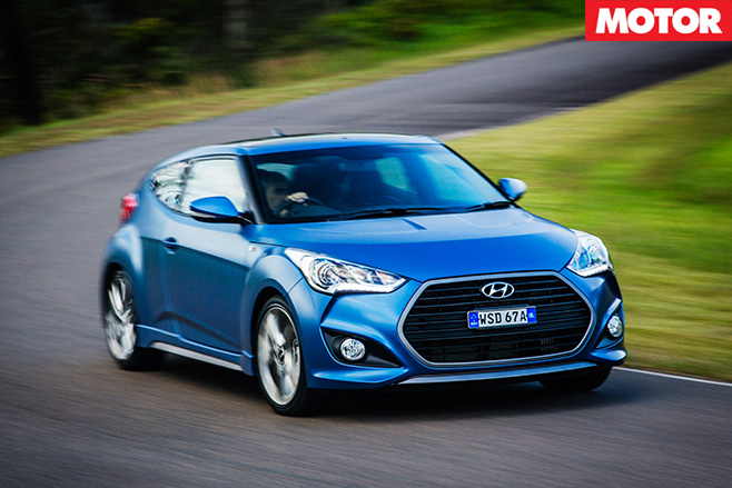 Hyundai Veloster Turbo front driving