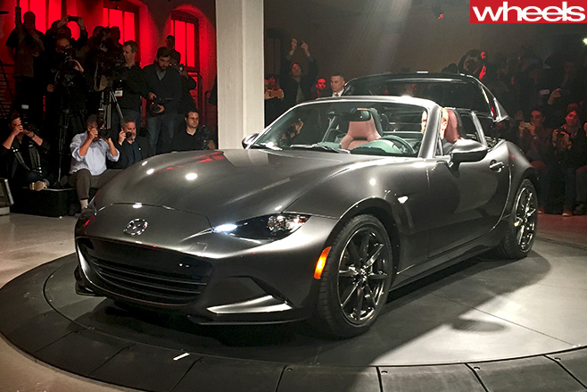 Mazda -MX-5-RF-New -York -Motor -Show -side -front