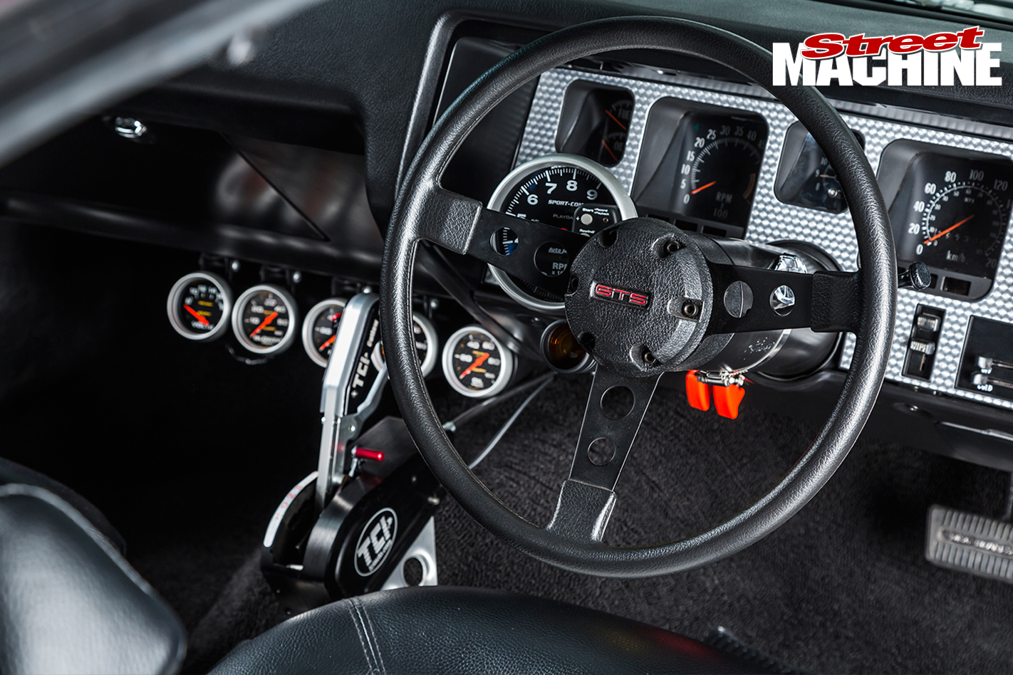 HQ-Monaro -GTS-steering -wheel -dash