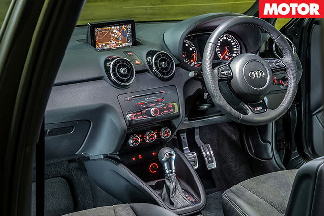 Audi A1 Sportback  1.8 TFSI interior