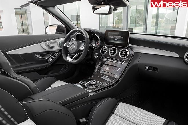 Mercedes -C63-AMG-interior