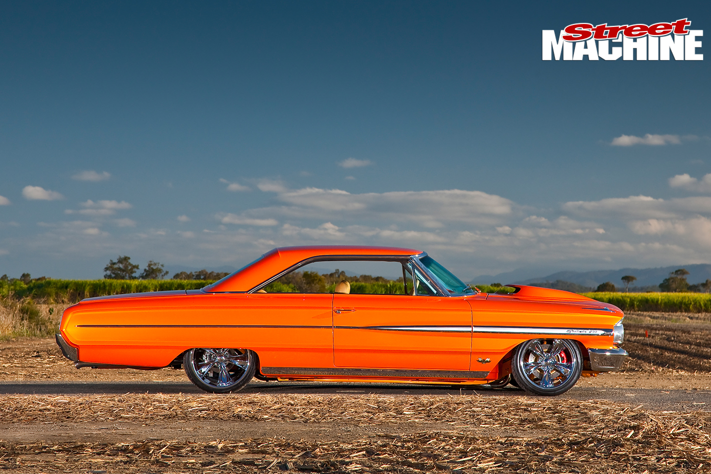 Ford -Galaxie -500-side -view