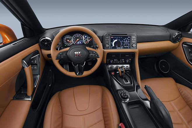Nissan -GT-R-interior