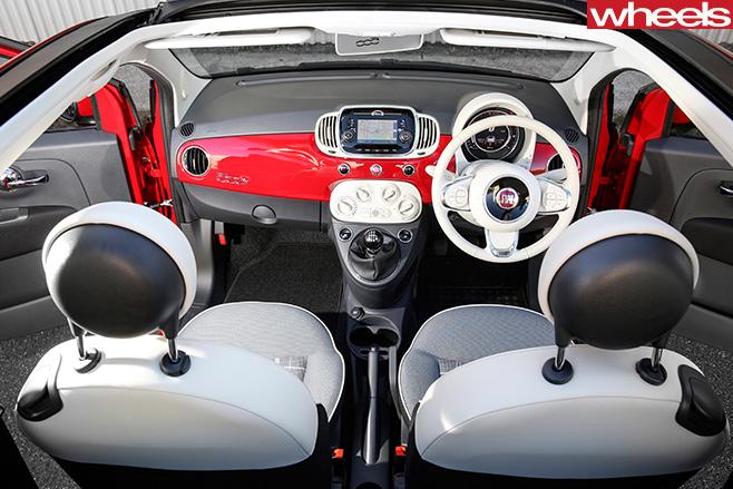 Fiat -500C-interior