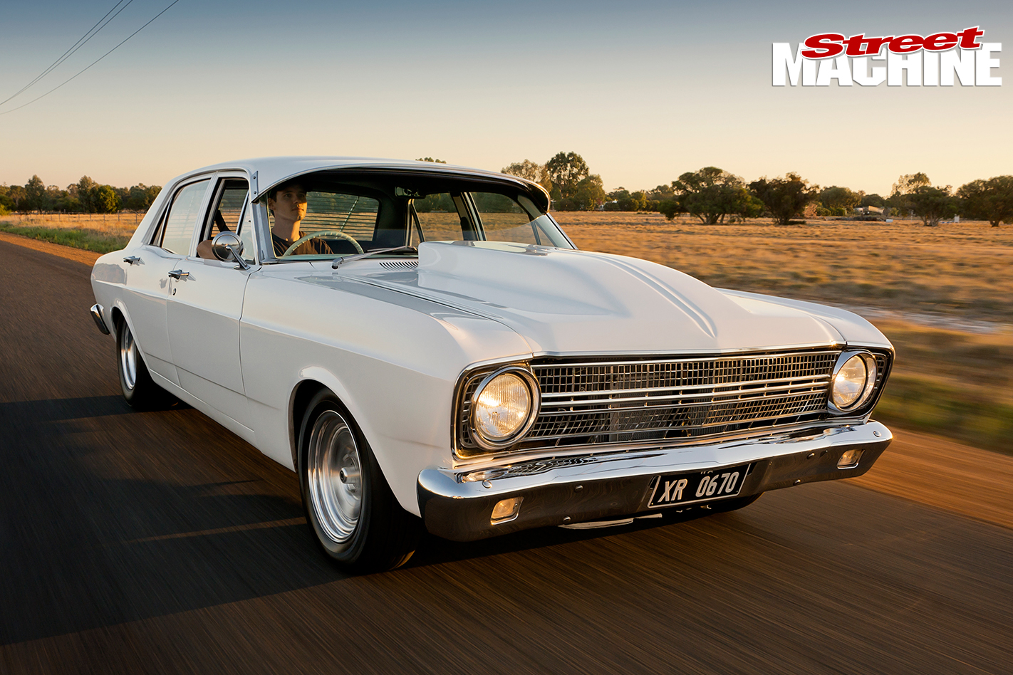 Ford -XR-Falcon -onroad -front
